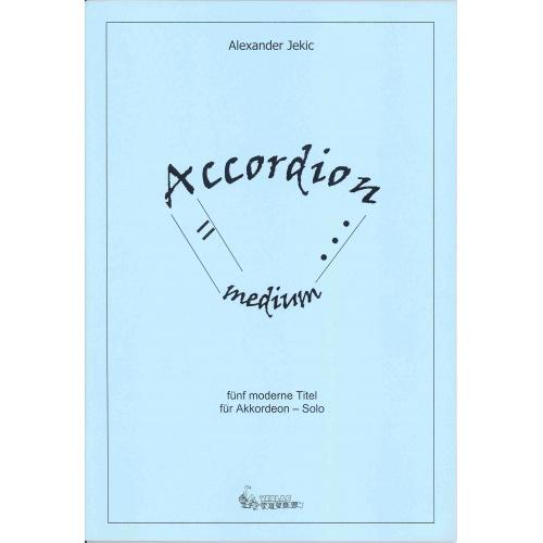 Accordion Medium